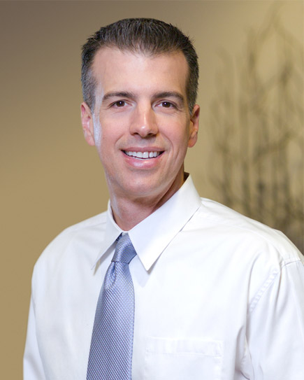 Joseph Santoro - Implantologist & Dental Surgery
